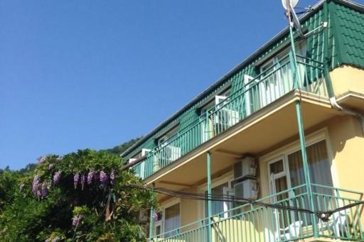 Гостевой дом в Квариати: от 40$ на троих